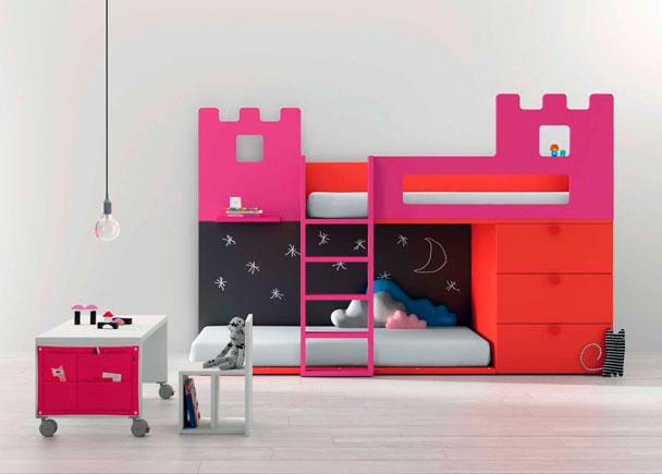 Dormitorio con litera infantil forma de castillo elmenut - Dormitorio infantil literas ...