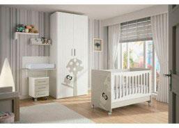 Habitación de bebé equipada con una bonita cuna del modelo TOP BÚHO y cambiador EVOLUTIVO