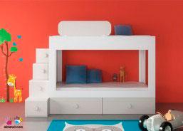 Habitación infantil con Litera de 2 camas + base nido con dos cajones y escalera de cajones.