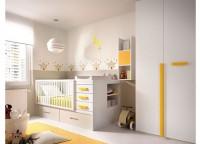 Habitación infantil compuesta por compacto de 1 cama con cajones y quitamiedos para bases planas, mesita de 2 cajones con ruedas, estantes con trasera a pared y armario de 1 puerta con terminal recto de estantes.