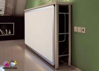 Habitación infantil en la que hemos aprovechado al máximo el reducido espacio del que disponemos, gracias a la elección de una cama blok de 90 x 190 con forma y soporte lateral, colocada en alto. A la cama, se accede comodamente, por una escalera de 120 cm de altura cuyos 4cajones con puerta ofrecen una gran capacidad de almacenamiento. En la base de la cama, hemos colocado un armario de 100 cm de ancho (2 puertas x 98 cm F) y un módulo de 2 cajones + hueco, que sirve de base de apoyo a la mesa de estudio (un sobre recto de 160) con trasera hasta la altura de la cama. En el costado de la cama, como novedad, hemos incorporado un módulo zapatero de 1 puerta (50 cm de fondo)Se ha completado el conjunto con un quitamiedos dual, acabado en dos tonos diferentes, que protege la cama alta.