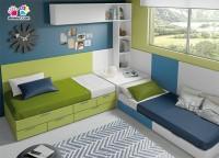 Dormitorio juvenil con litera abatible horizontal para colchones de 90x190 y sobre de diseño personalizado.