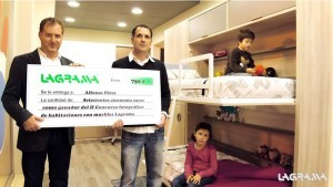 El fabricante de mobiliario juvenil, dormitorios y armarios, Lagrama, ha entregado el premio al ganador del segundo concurso de fotografía. El concurso, igual al primero que se organizó, ha consistido en presentar una fotografía en la que apareciese mobiliario de Lagrama instalado en casa del participante.