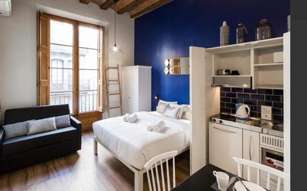 Decoraci n de dormitorios juveniles for Cocinas en espacios reducidos fotos