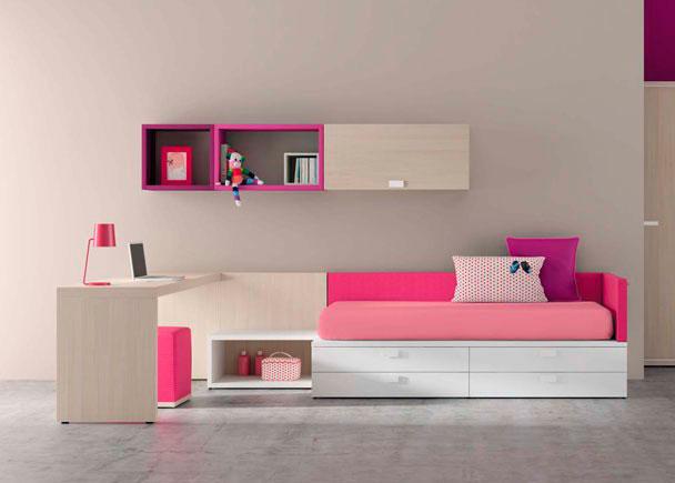 Habitación juvenil de lineas rectas. La combinación de un tono claro que asemeja a la madera natural con un tono fuerte le da un aire moderno y senc