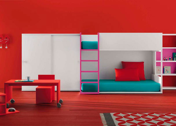 Habitaci n infantil con una litera muy vers til elmenut for Habitacion con litera