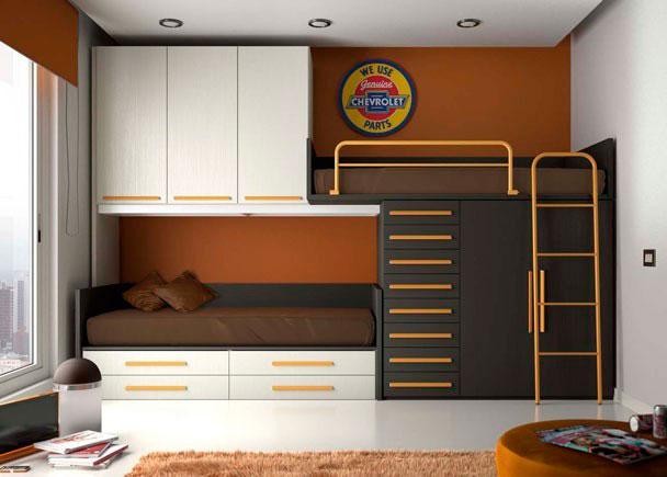 Habitación infantil sistema tren con 2 camas útiles y con gran capacidad de armarios y cajones utilizando una sola pared de la habitaci&