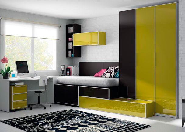 Dormitorio juvenil con 2 camas, armarios y escritorio en 2,5x2,4 metros, se busca una solución original y aprovechando al máximo el espacio.