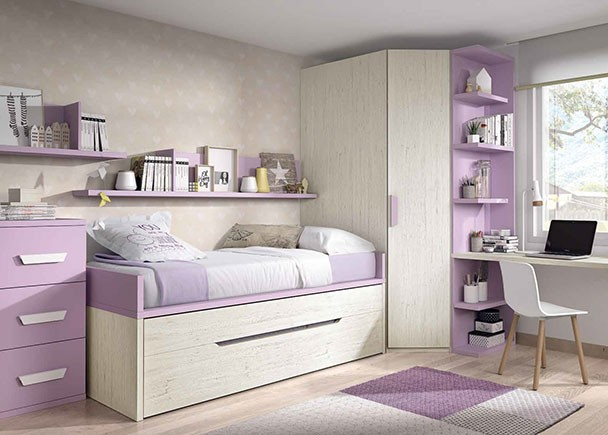 Habitaci n infantil con dos camas y armario rinc n en for Armario habitacion infantil