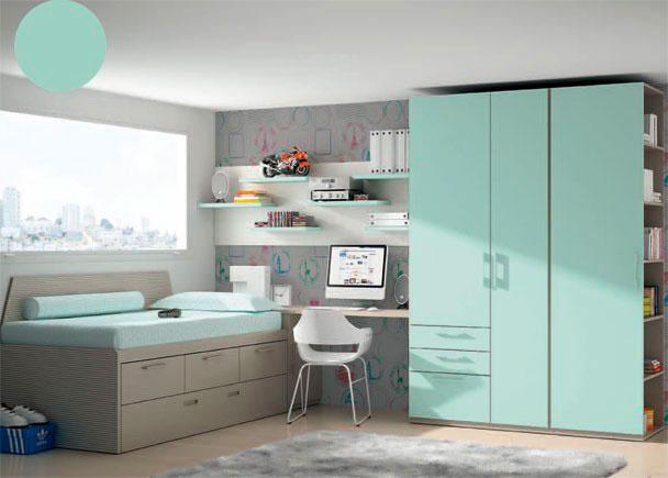 Dormitorio infantil con importante armariada compuesta de un armario asimétrico de 2 puertas con 2 cajones y contenedor, y un armario terminal