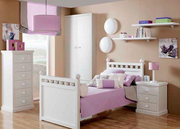 Habitaci n de estilo rom ntico totalmente lacada elmenut - Dormitorio estilo romantico ...