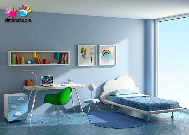 Divertida habitación juvenil equipada con una novedosa propuesta de muebles modulares en la que las combinaciones de color marcan un nuevo orde