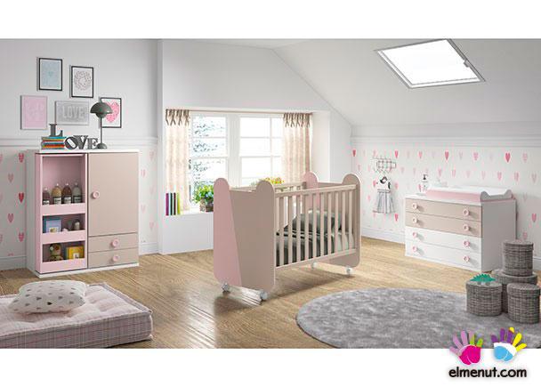 Dormitorio Infantil con cuna + Armario + Comodín-Cambiador.Los elementos que integran este ambiente son los siguientes:-Cuna modelo MIKI con ruedas