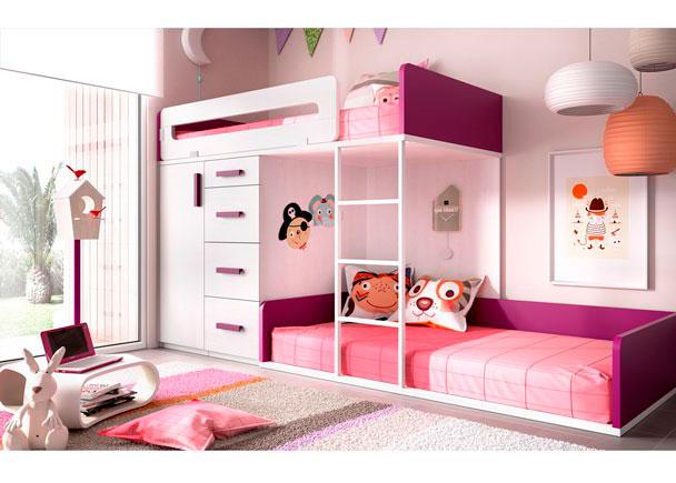 Dormitorio Infantil con camas Tren. La cama alta apoya sobre 2 módulos Block (Armario y un módulo de cajones). La inferior es una tarima a ras de su