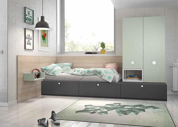 Habitación juvenil equipada con elementos modulares base y apilables, entre los que destaca la cama con base de 2 cajones nido y los armarios apilabl