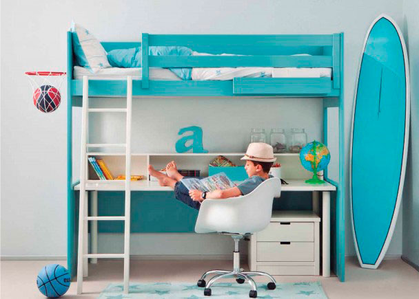 Este modelo es perfecto para espacios reducidos. En una superficie de 200 x 100 podemos disponer de una cama grande para colchón de 90 x 190 cm.