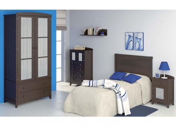 Cama con cabezal y armario de dos puertas con cristales y for Camas con cortinas