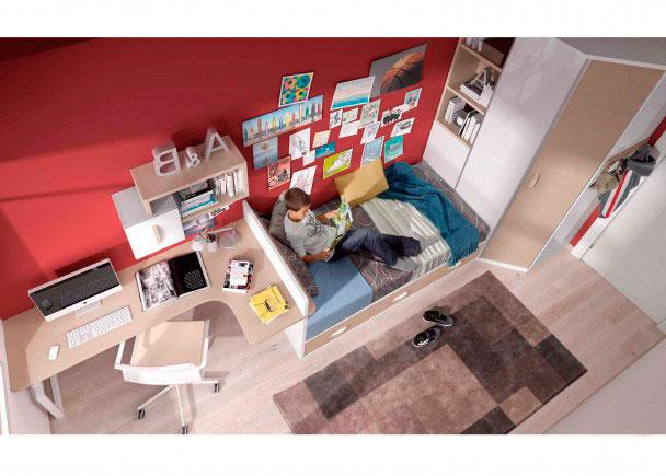 Espaciosa habitación juvenil, distribuída con dos zonas diferenciadas.La zona de descanso la componen un amplio armario chaflán (