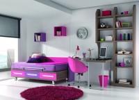 Zonas de estudio: Dormitorio con cama con ruedas para colchón de 90*190. La forma en L de la mesa crea una división del ambiente, ideal para habitaciones estrechas y largas.